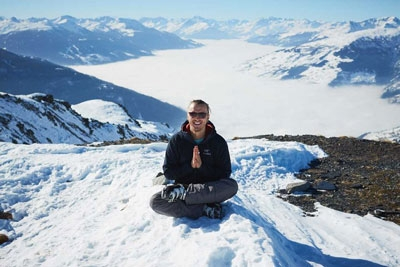luxury-skiing-and-yoga-private-class.jpg