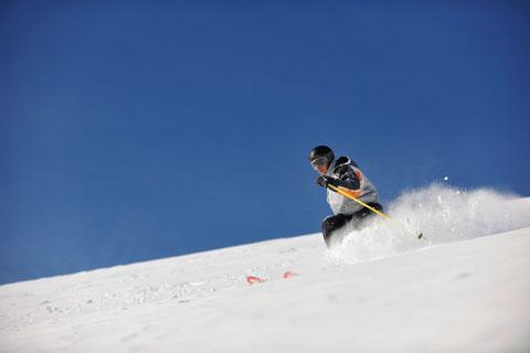 skiing-and-yoga-retreat.jpg