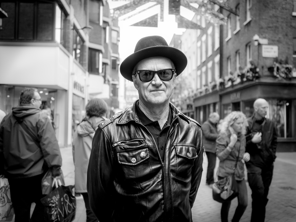 """Keith from Seattle"" Seen in Carnaby Street Olympus OM-D E-M5 + Olympus M.ZUIKO 17mm f/1.8 ISO: 800 Aperture: f/1.8 Shutter Speed: 1/1250"