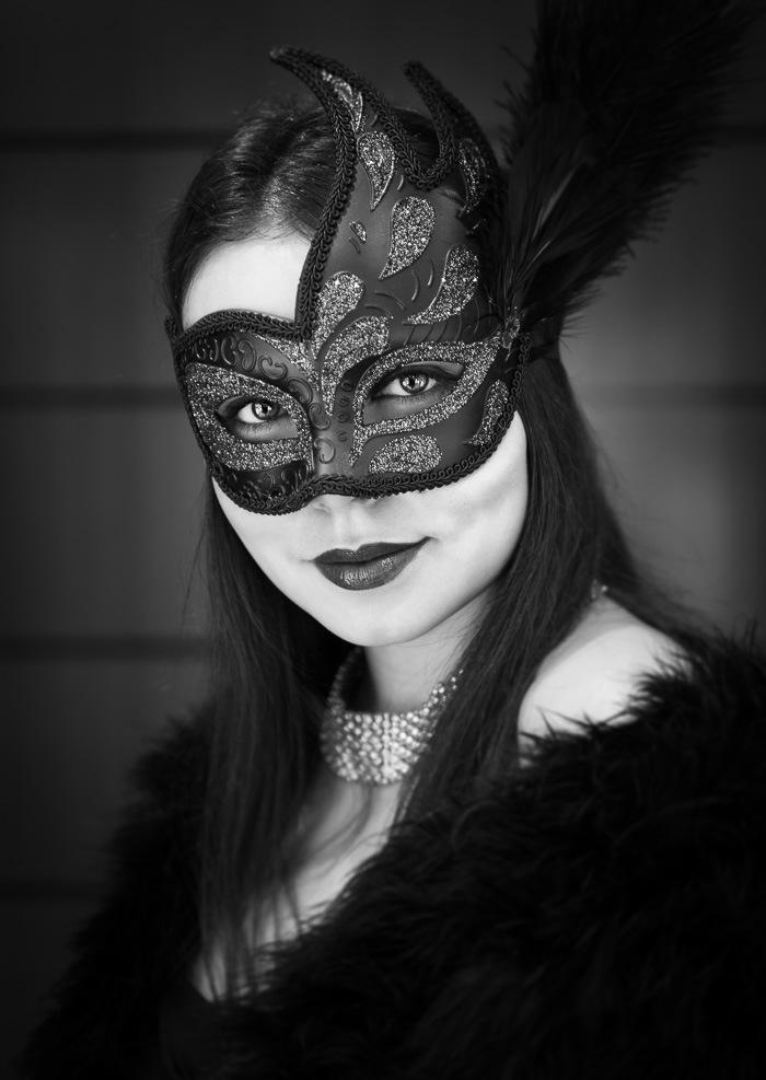 Photographer: Neil Buchan Grant Model: Irina Sosnova