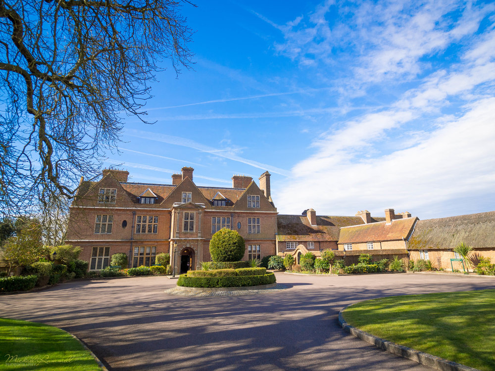 Horwood House, Milton Keynes, UK My first outing with the 7-14mm for my first wedding of 2016