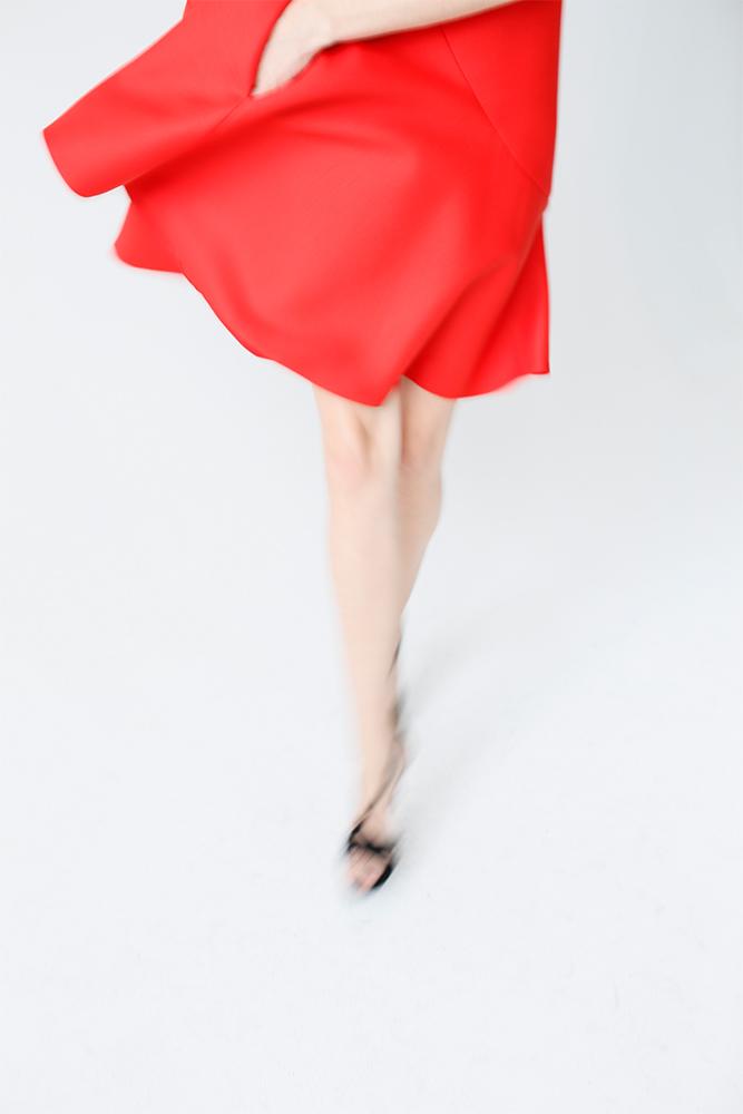 01Y0010_Red Dress_Mov#3__1k_WEB.jpg