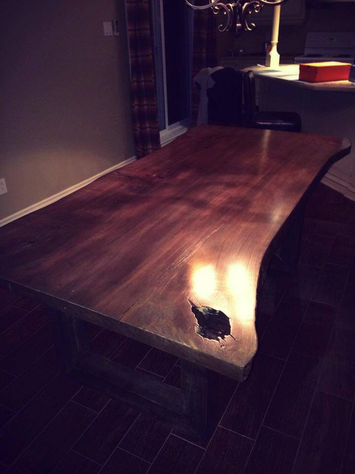 Table en Érable live edge