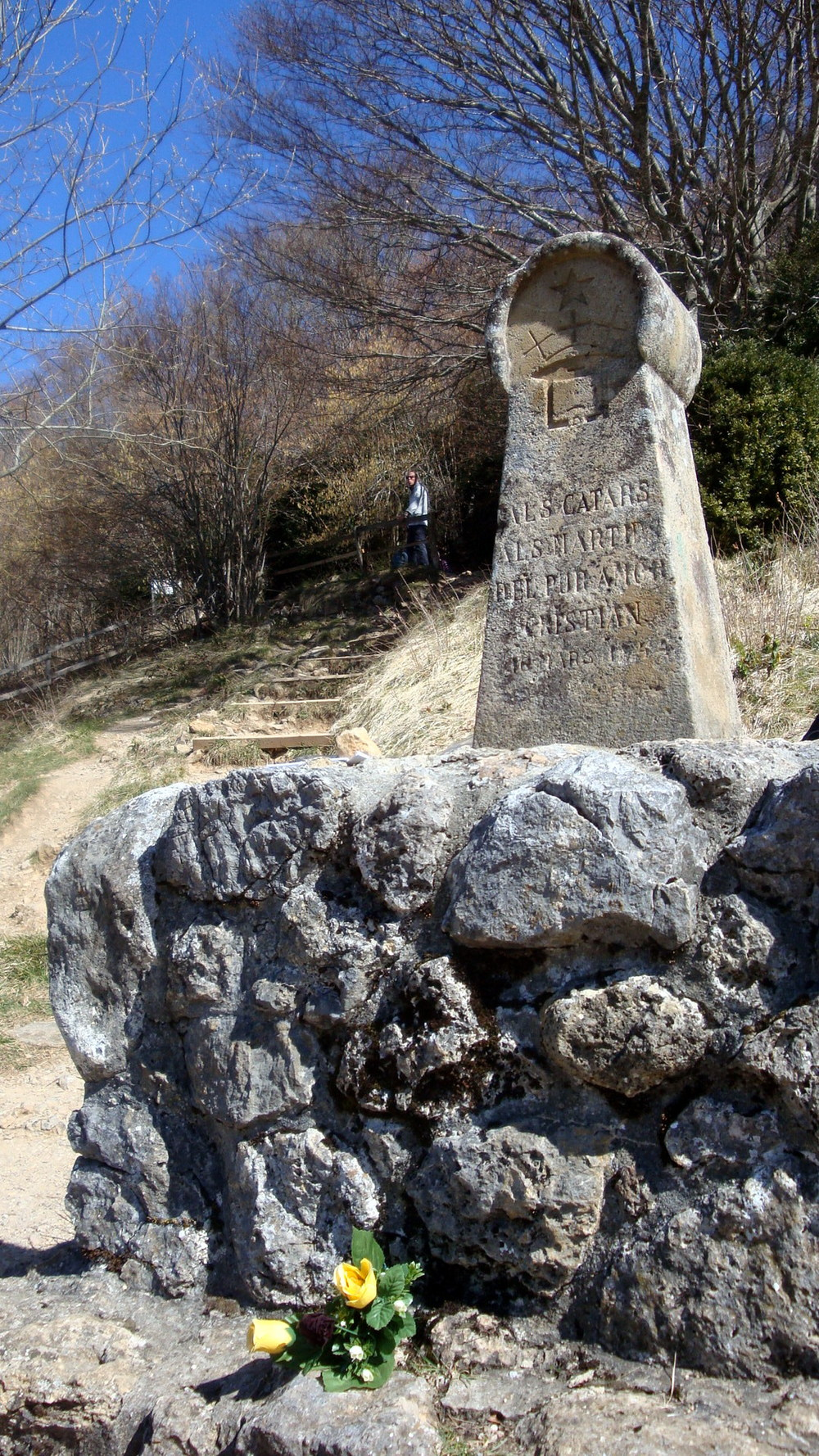 Monument at Montségur honoring those killed in the Crusade.