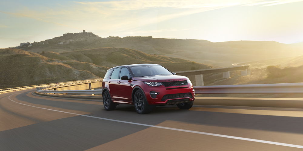 Red Discovery Sport_2500_2.jpg