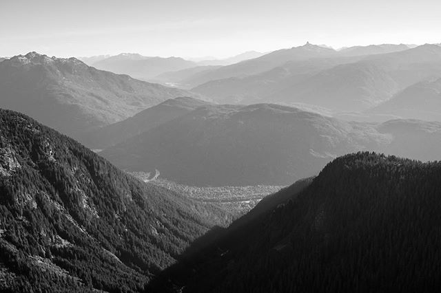The many layers of a #Squamish morning.