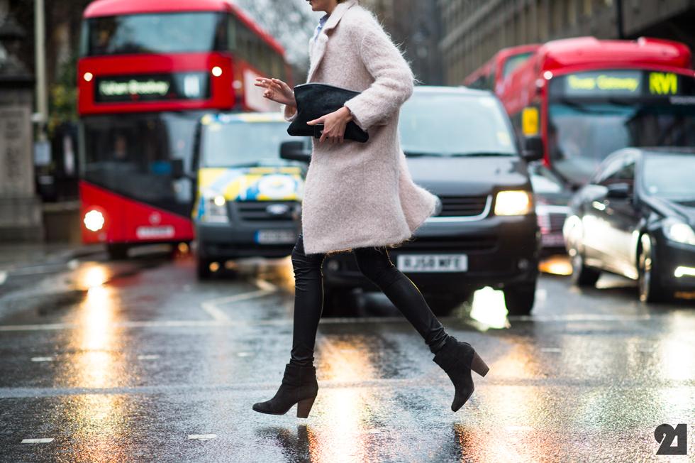 6085-Le-21eme-Adam-Katz-Sinding-Irina-Kulikova-Vodafone-London-Fashion-Week-Fall-Winter-2014-2015_AKS4724.jpg