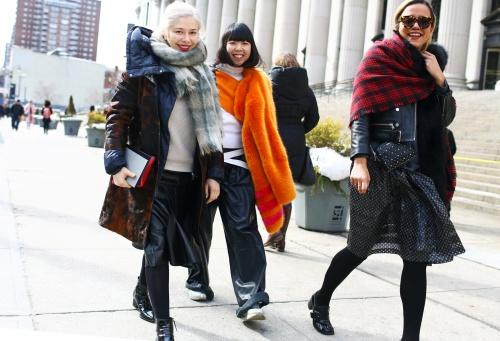 nyfw-street-style-9_101632413042.jpg_article_singleimage.jpg