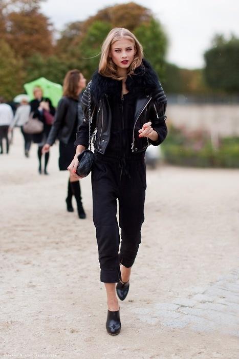 all-black-model-street-style.jpg