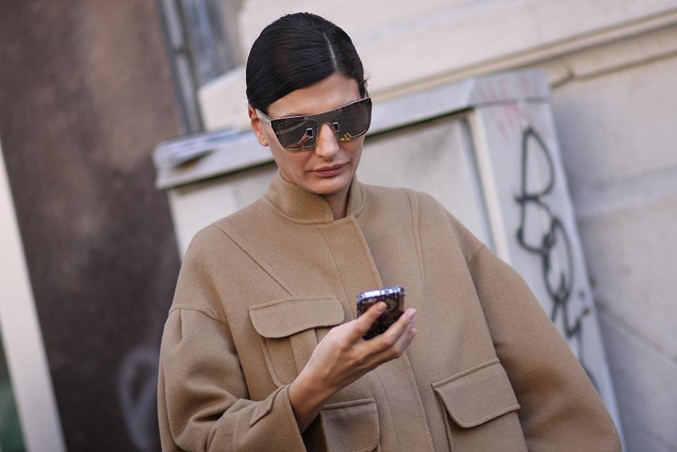 milan-womens-fashion-week-fall-winter-2014-street-style-5-03-960x640.jpg