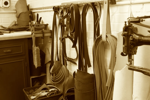 Workshop_Leather_Sepia.jpg