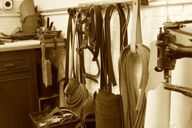 Workshop_Leather_Sepia.jpg