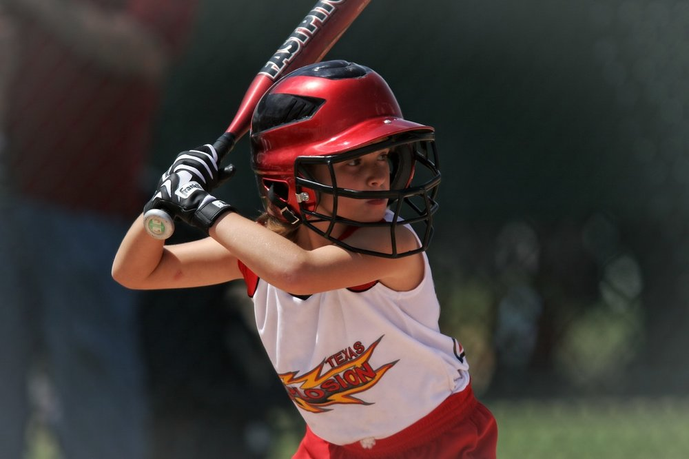 softball-batter-girl-batting-163304.jpeg