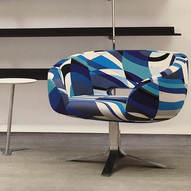 Excited for today's meeting discussing our latest project in West Palm Beach!  Loving this Capellini Pucci chair.  @maryamonsdesign #design #interiordesign #florida #modern #contemporary @emiliopucci