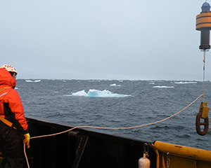 Acoustic monitoring deployment of an AMAR in the Arctic