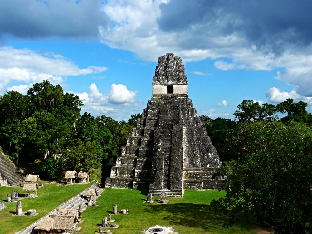 Templo Del Gran Jaguar - Tikal Maya Site - Belize Vacation Packages - Tikal - SabreWing Travel