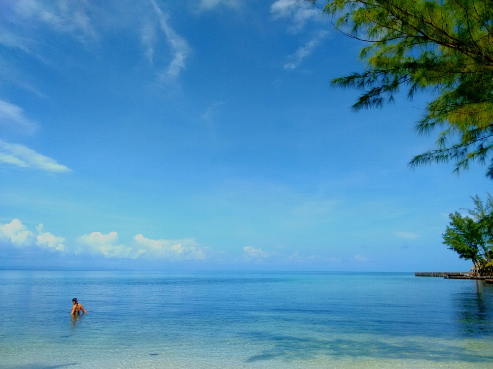 The endless blue...Thatch Caye Resort