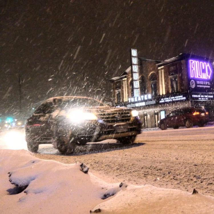 jkdc-DundeeTheater_Social-Snow.jpg