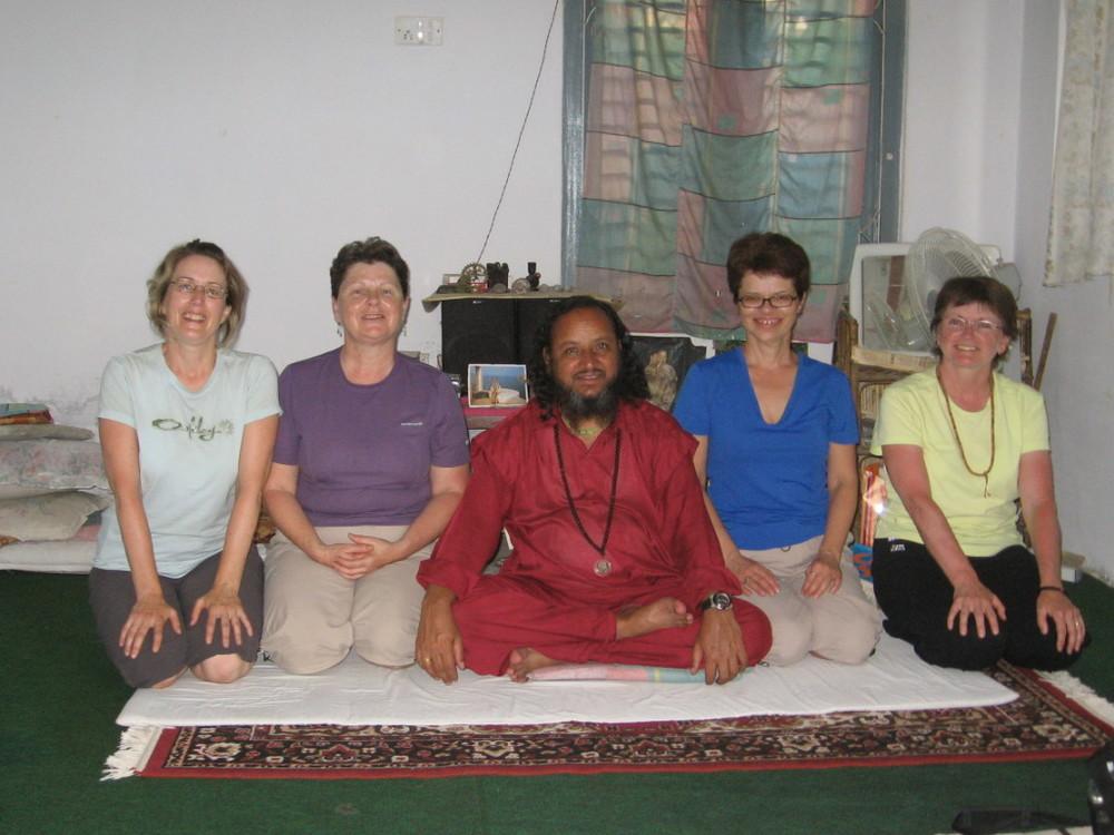 Cours de yoga à Pokhara par un maître yogi