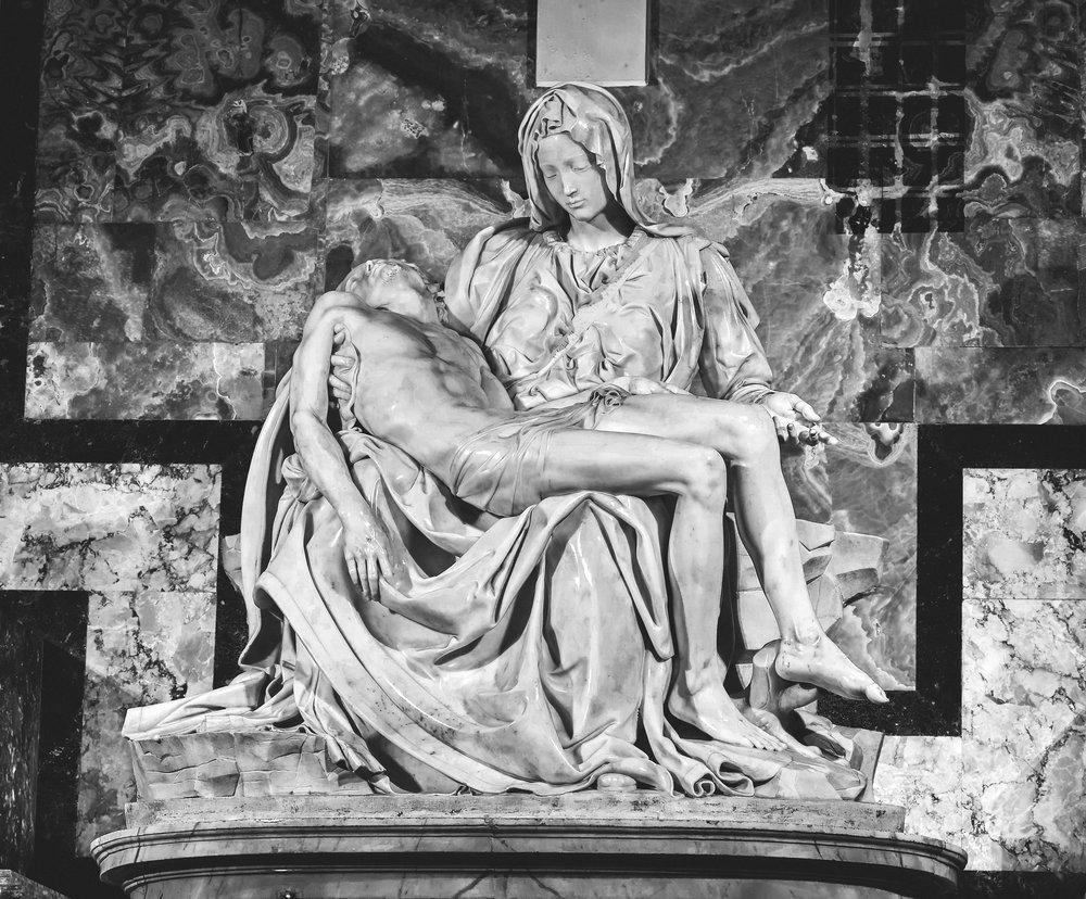 Michelangelo-Pieta-3 1499.jpg