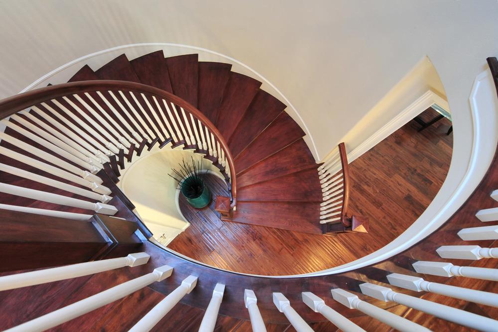 Staircase-1504413449-O.jpg