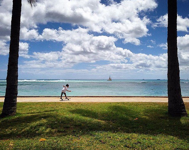 🌴🌴Happy Monday!!🌴🌴#UpandRiding #KahalaMall #luckywelivehawaii 📷:@art_is_tree