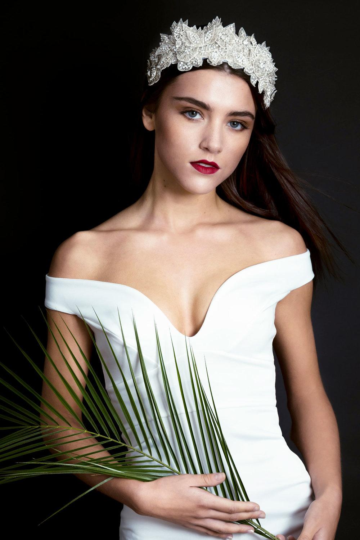 Bridal veils, wedding accessories,birdcage veils and wedding hats.