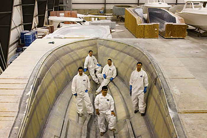 Concorde Team Finshes HT-41 Hull Lay-Up