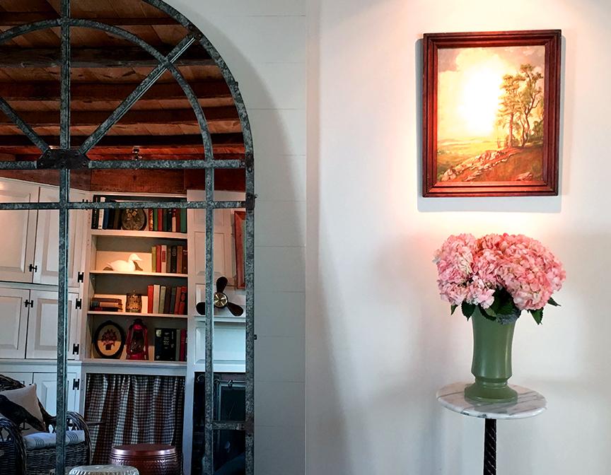 Livingroom Flower Detail.jpg