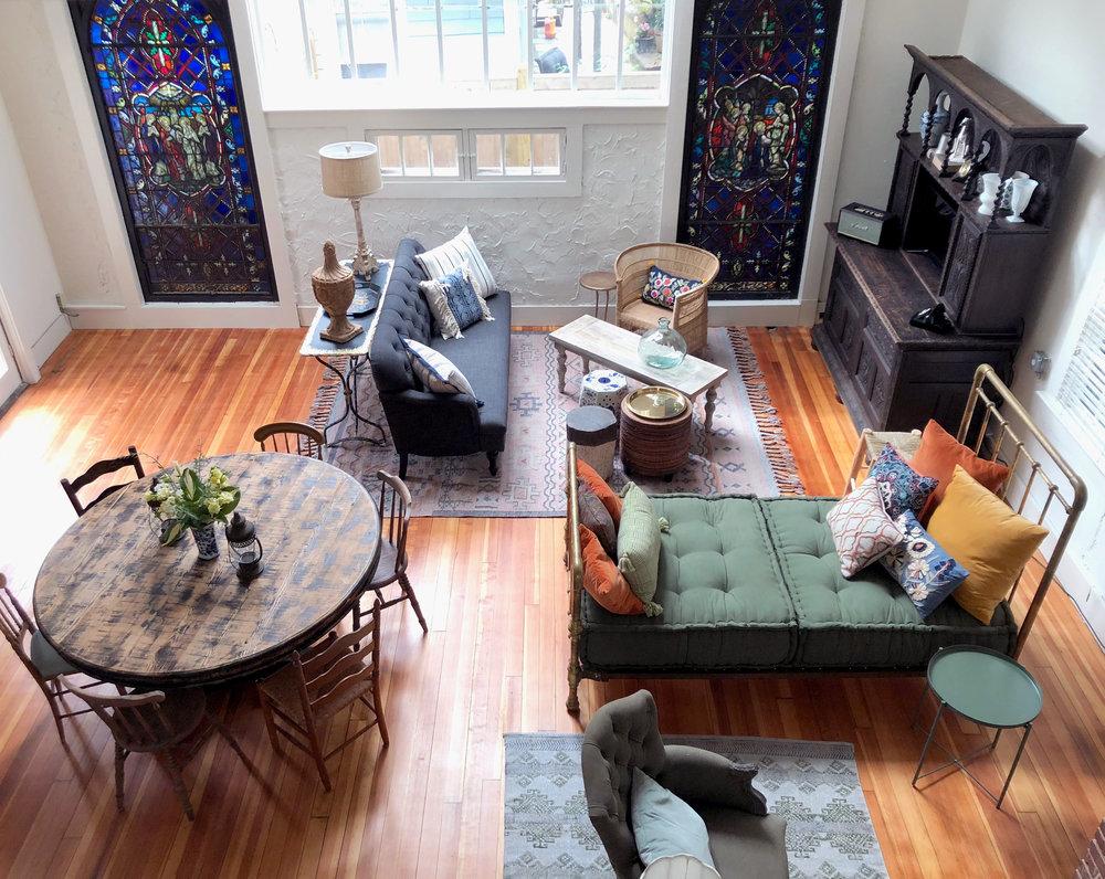 Livingroom Overview.jpg