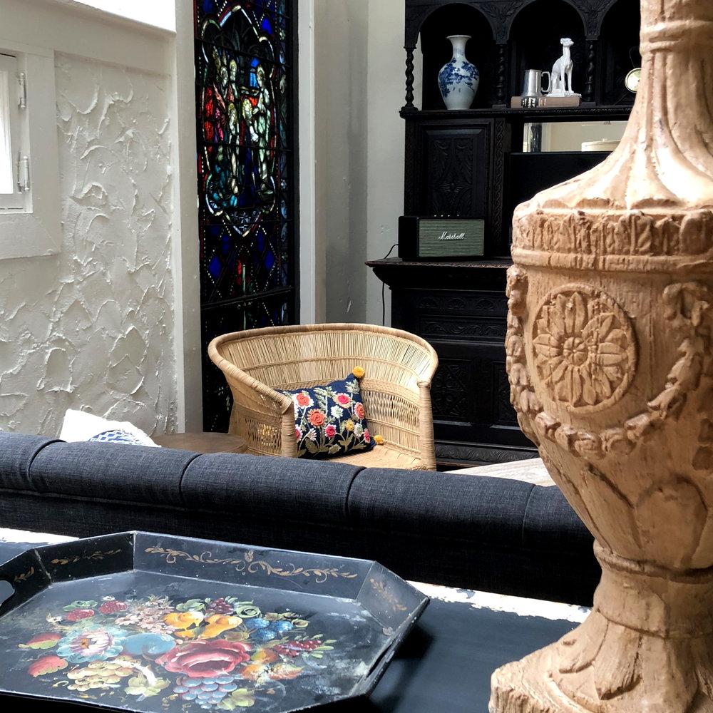 Livingroom Urn Detail.jpg