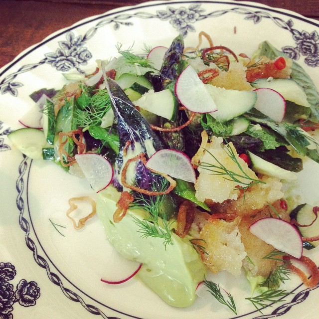 Crispy rice salad with asparagus and fresh radish.