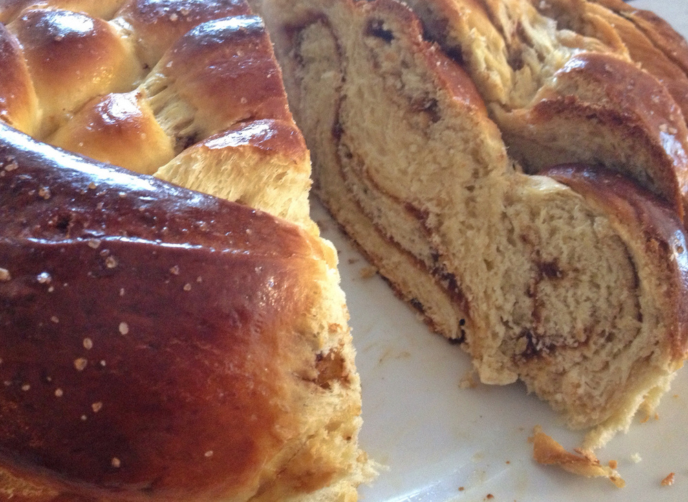 Fig & olive oil challah