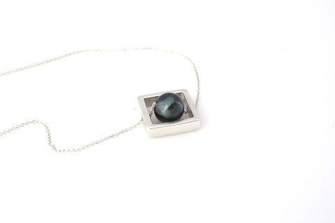 square box necklace 480.jpg