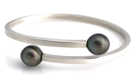 oval wrap bangle 2 480.jpg
