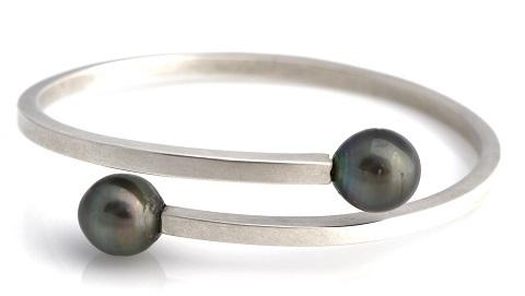 oval wrap bangle 2 480.jpg
