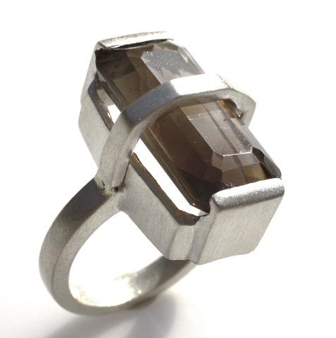 quartz ring 2 480.jpg