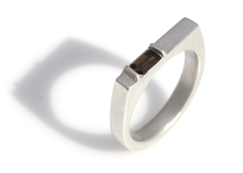 small rectagular ring 480.jpg