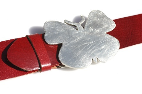 Butterfly buckle