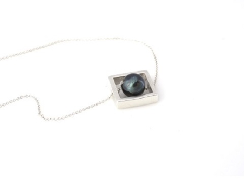Square box necklace