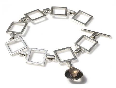 Square chain bracelet with smoky quartz