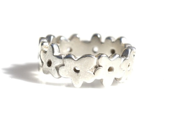 Flower chain ring