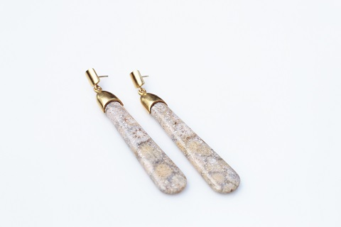 Drop fossil earrings