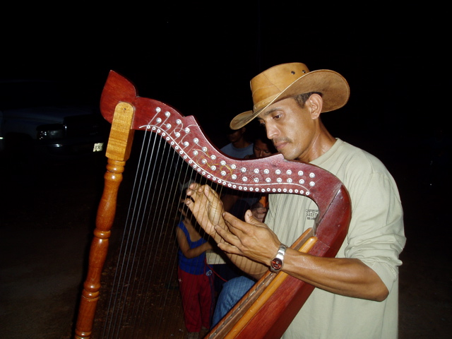 colombian folkore dance Roster of traditional and folk groups available to perform for hotels, resorts, cruise lines and amusement parks.