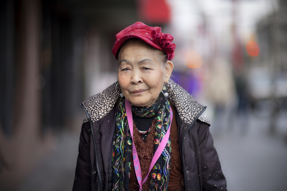 chinatown lady in colour.jpg