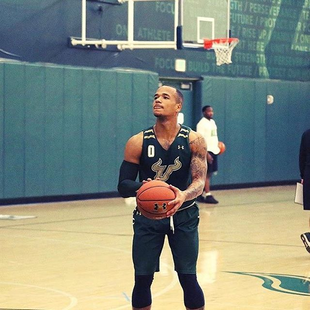 Looking forward to seeing my man @stephjiggz suit up for South Florida this year. Stephan Jiggets won a chip at FDU two years ago and is trying to get back to the tourney with the Bulls. 💪🏾 #God1st #WorkUntil #inthelab #SouthFlorida #Bulls #AAC #PG #DMV
