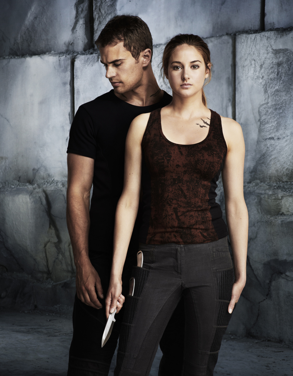Shailene Woodley & Theo James - Chicago, IL