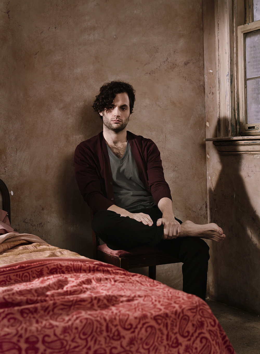 Slap_Penn_Badgley_NUP_165985_2346 copy.jpg