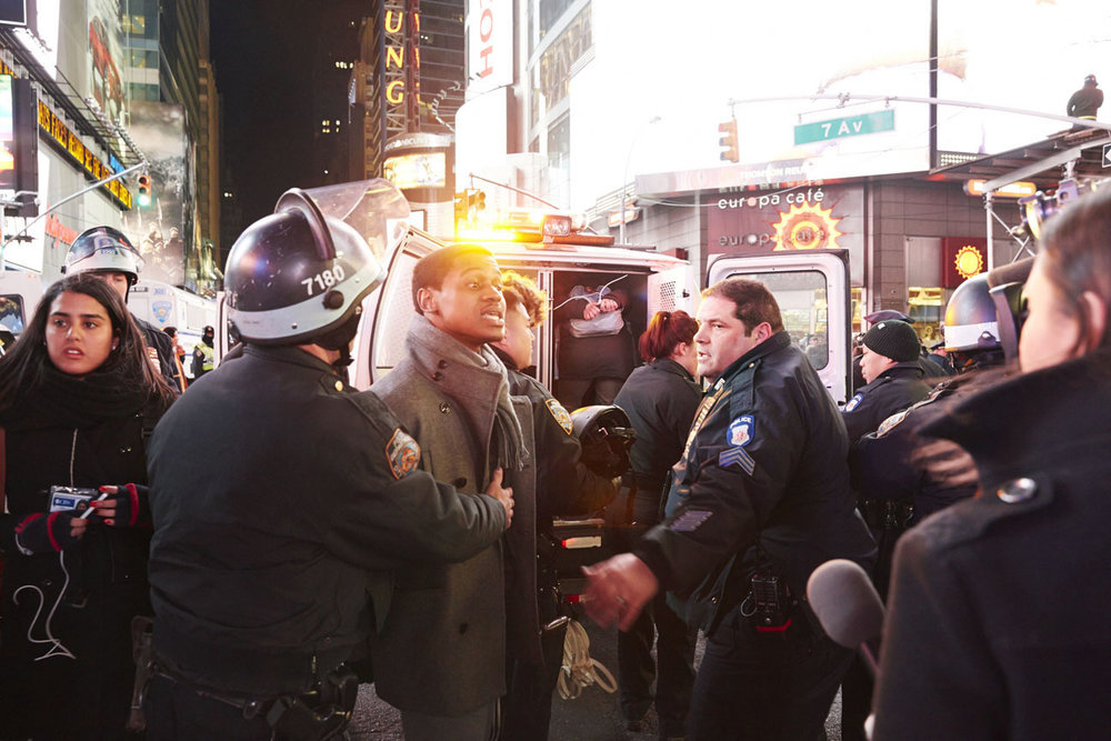 New York CIty police arrest hundreds of protesters marching for justice in police killing of Eric Garner - New York CIty