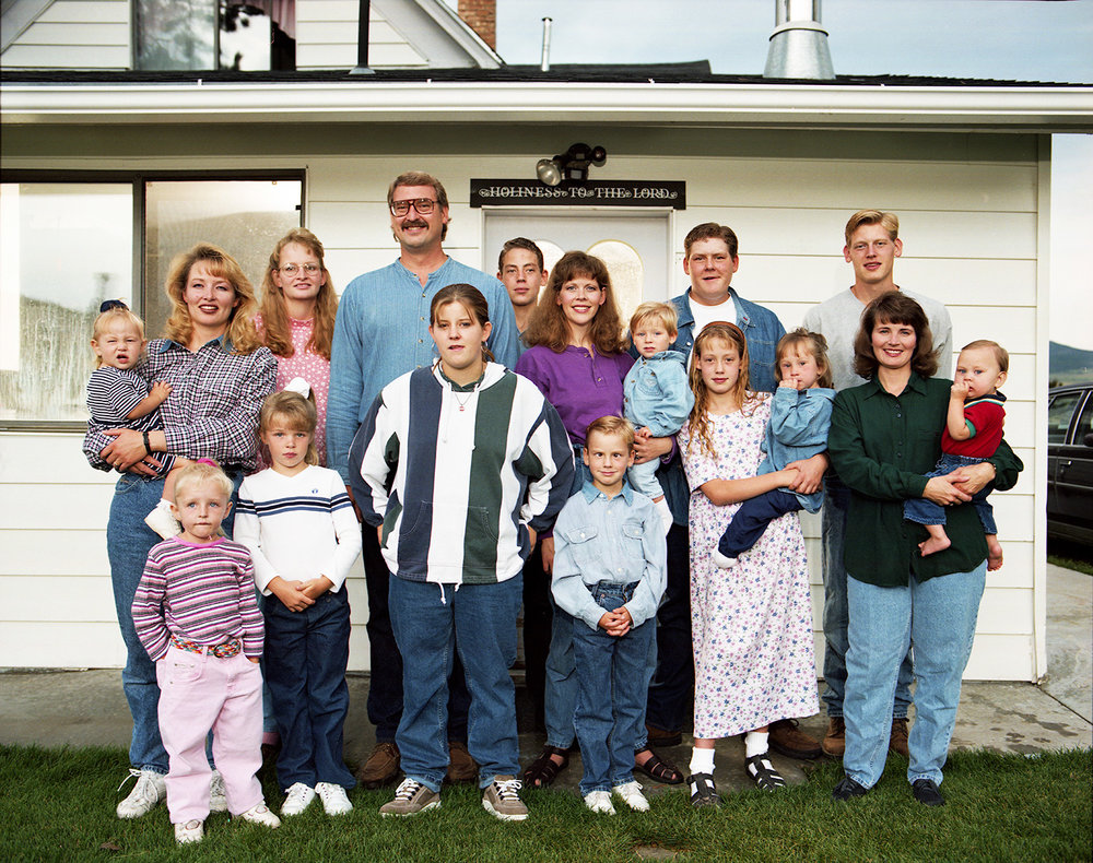 Bart Maelstrom - Polygamist Husband with his four wives and thirteen children - Fairview, UT